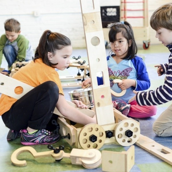 Rigamajig promotes playful, cooperative learning